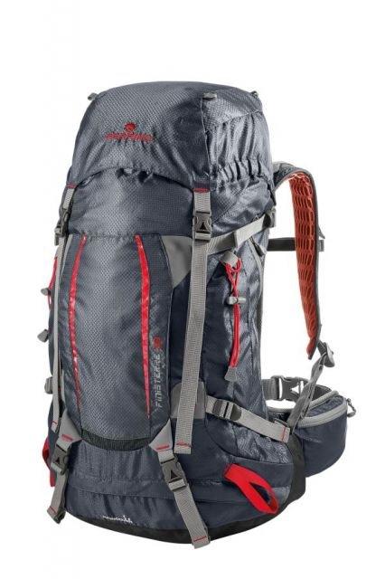8fb900111ed Ferrino Finisterre 38 trekkingový turistický batoh černý